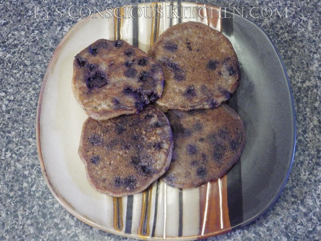 Alkaline Blueberry Spelt Pancakes